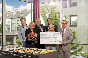 2.000 Euro Spende Krefelder Förderverein, Meinhardt, Kerst